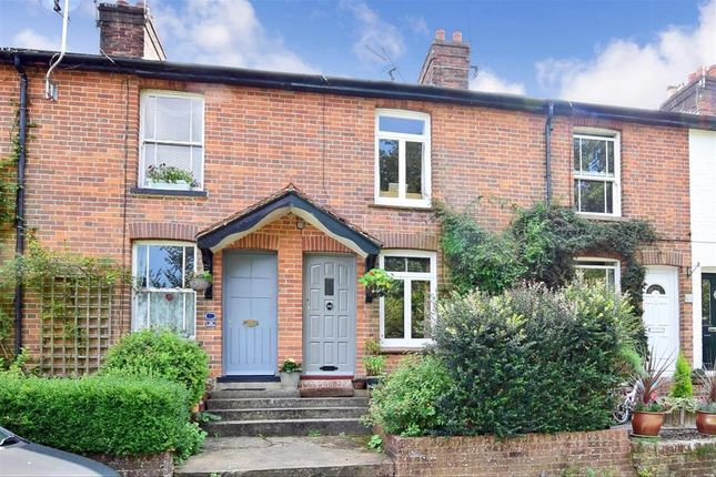 Thumbnail Property for sale in Fairglen Road, Wadhurst, East Sussex