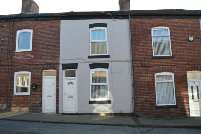 2 bed terraced house to rent in Stanley Street, Featherstone, Pontefract WF7