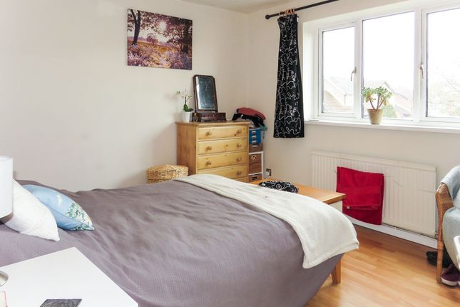 2 bedroom semi-detached house for sale in Grace Close, Chipping Sodbury, Bristol