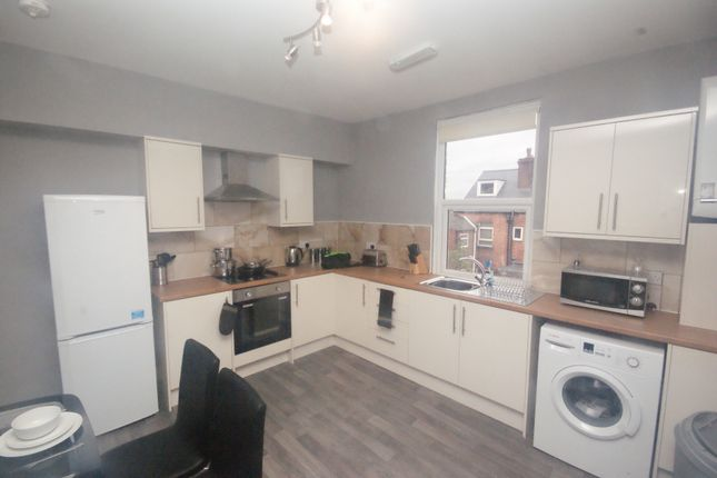 Thumbnail Shared accommodation to rent in Aldham Cottages, Barnsley Road, Wombwell, Barnsley