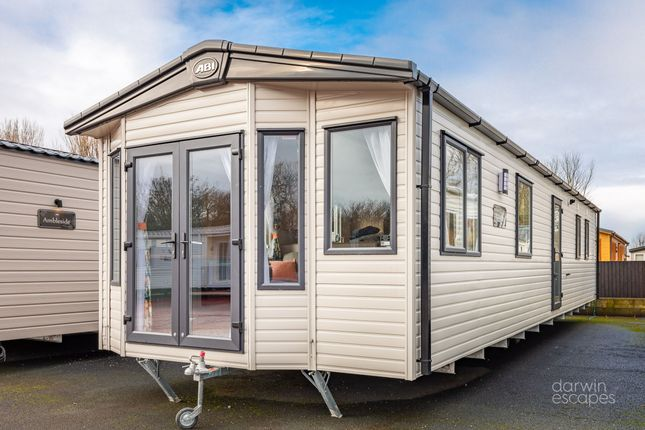 Thumbnail Mobile/park home for sale in Dyserth Road, Rhyl