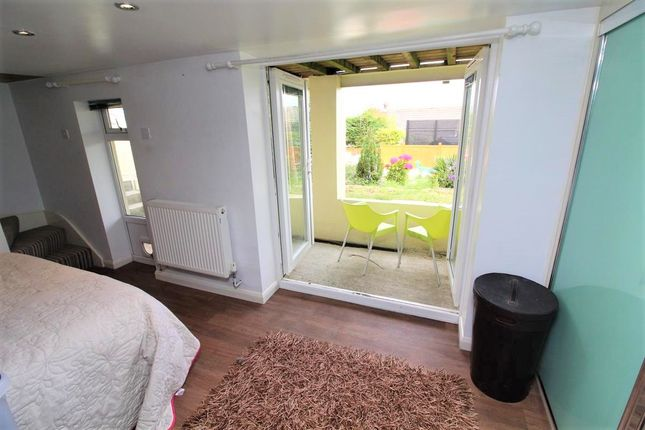 Master Bedroom of Dunstone View, Plymstock, Plymouth PL9