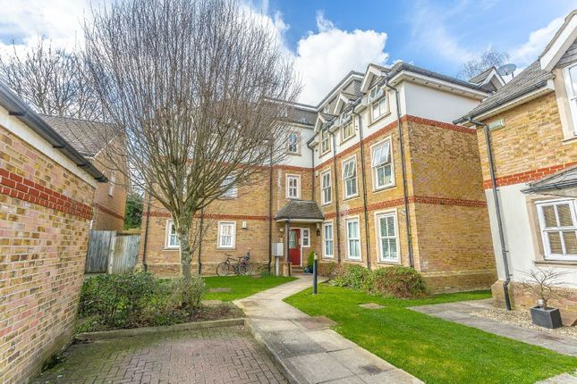 Thumbnail Flat for sale in Church Paddock Court, Wallington