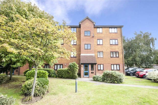 Flat for sale in Meridian Court, Cumberland Place, Catford, London
