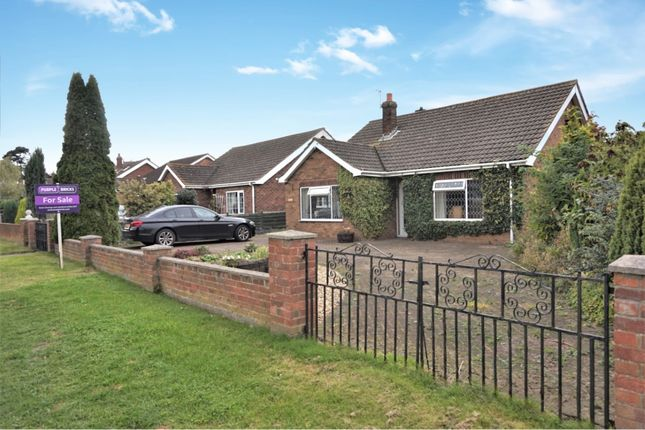 Thumbnail Detached bungalow for sale in Church Lane, North Killingholme