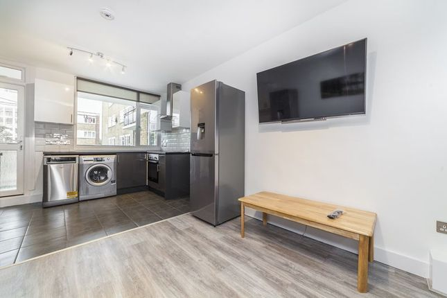 Thumbnail Flat to rent in Cortis Road, London
