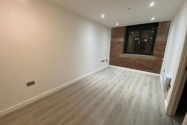 Thumbnail Flat to rent in Apartment 128, Conditioning House, Cape Street, Bradford