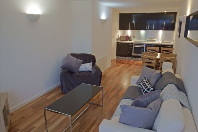 Thumbnail Flat to rent in Whitehall Waterfront, Riverside Way, Leeds, West Yorkshire
