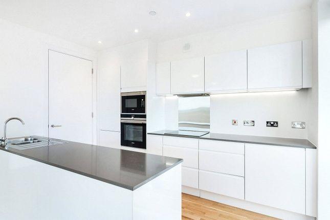 Thumbnail Flat to rent in Senna Alto, 2 Cornmill Lane, London
