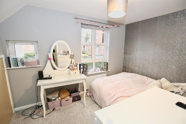 Bedroom of Stark Way, Lincoln LN2