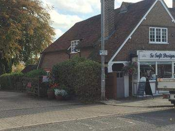 Thumbnail Office to let in High Street, Kings Langley