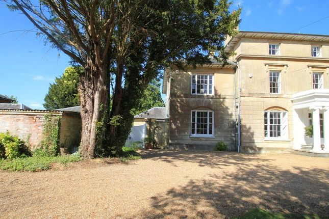 Thumbnail Semi-detached house for sale in High Street, Hawkhurst, Kent