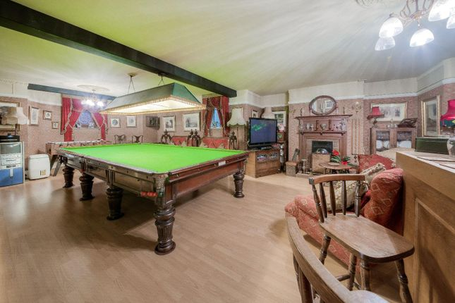 Entertainment-Games Room