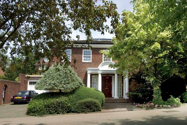 Thumbnail Detached house to rent in Beaumont Gardens, London