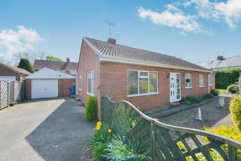 3 bed bungalow for sale in Great Langton, Northallerton
