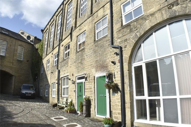 3 bed property to rent in Water Mill Court, Oakworth, Keighley BD22