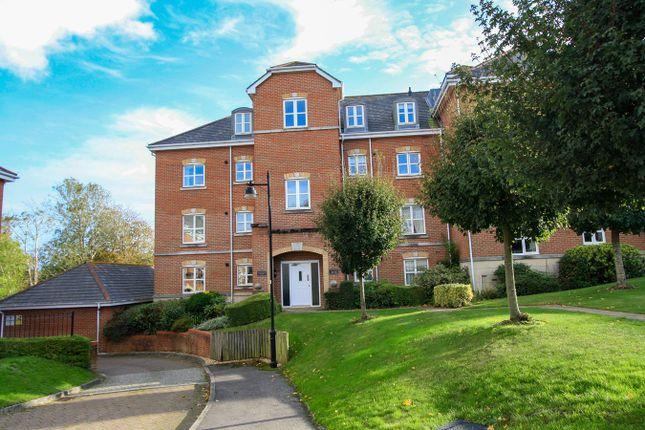 Hillcroft Close, Lymington SO41