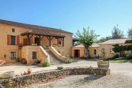 Commercial property for sale in Fumel, Lot-Et-Garonne, France