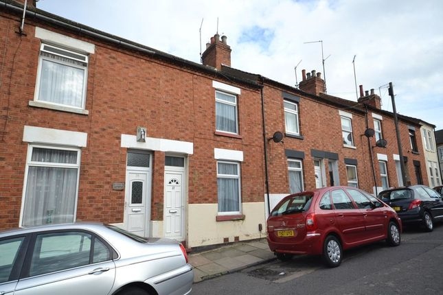 Thumbnail Property to rent in Leslie Road, Northampton