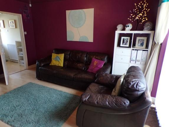 4 bed end terrace house for sale in colesbourne road for 5 clifton terrace winchester b b