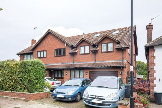 Thumbnail Detached house for sale in Brackendale, Winchmore Hill, London