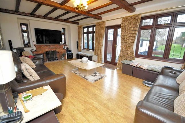 Living Room of Coppermill Road, Wraysbury, Berkshire TW19