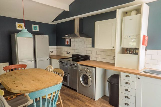 4 bed shared accommodation to rent in Norfolk Park Road, Sheffield S2