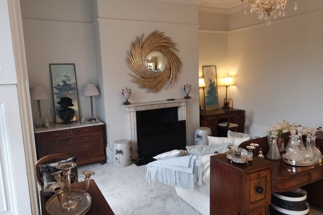 Thumbnail Flat to rent in Raby Place, Bathwick, Bath