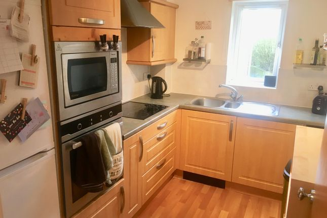 Thumbnail Flat to rent in Heol Llinos, Thornhill, Cardiff