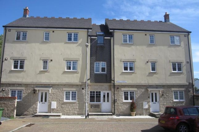 Thumbnail Flat to rent in Bellflower Close, Plymouth, Devon