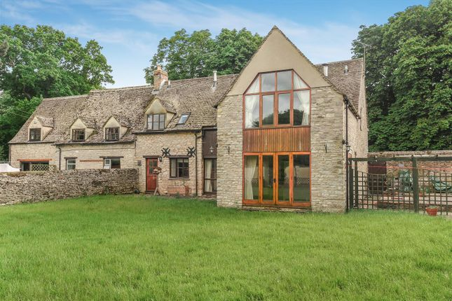 4 bed barn conversion for sale in Hailey, Witney