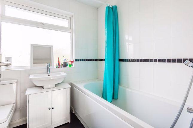 Family Bathroom of The Cedars, Reigate RH2