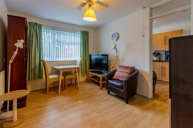 Thumbnail Flat for sale in Mortimer Road, Pontcanna, Cardiff