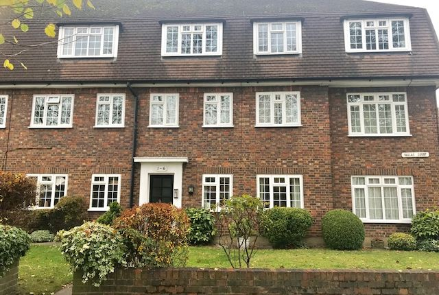 Thumbnail Flat to rent in Dallas Road, Cheam
