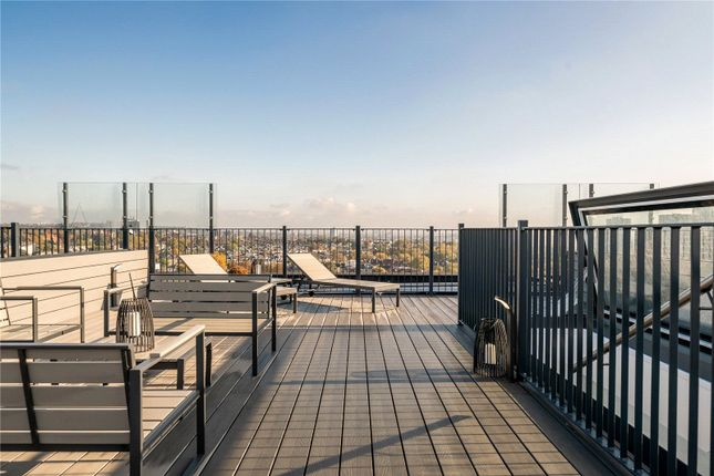 Thumbnail Flat for sale in Centre Heights, 137 Finchley Road, London