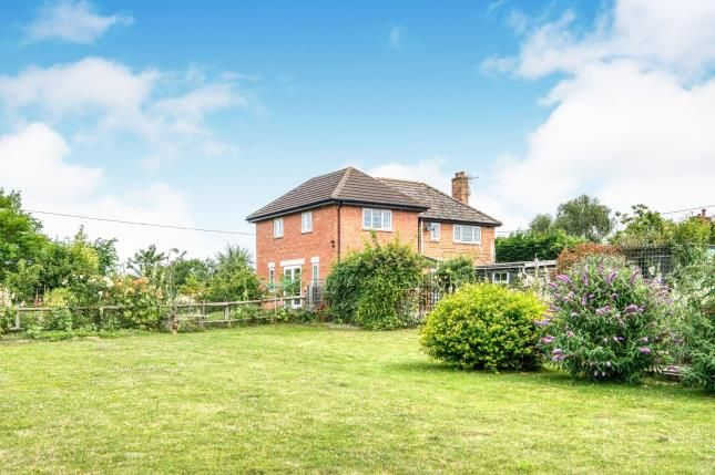 Thumbnail Detached house for sale in Sixteen Acres Lane, Bickmarsh, Alcester, Warwickshire