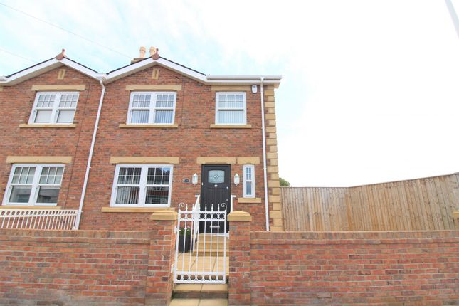 Thumbnail Semi-detached house for sale in Fleetwood Road North, Thornton