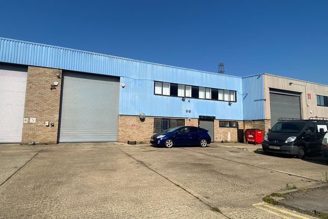 Industrial to let in 10 Gateway Trading Estate, Hythe Road, White City, London