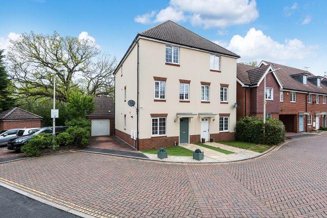 4 bed town house for sale in Wayside, Winnersh, Wokingham RG41