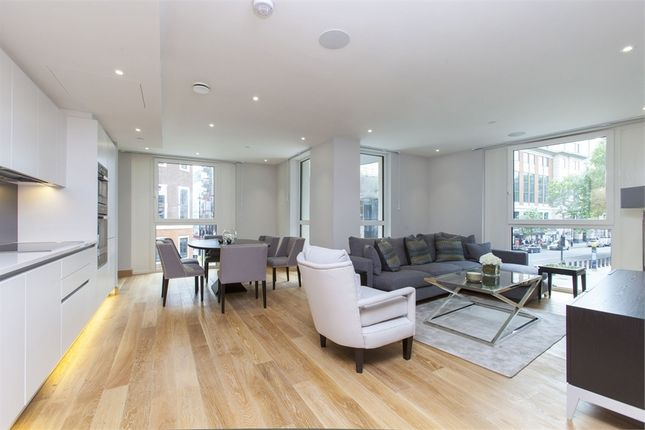 Thumbnail Flat to rent in The Courthouse, 70 Horseferry Road, London