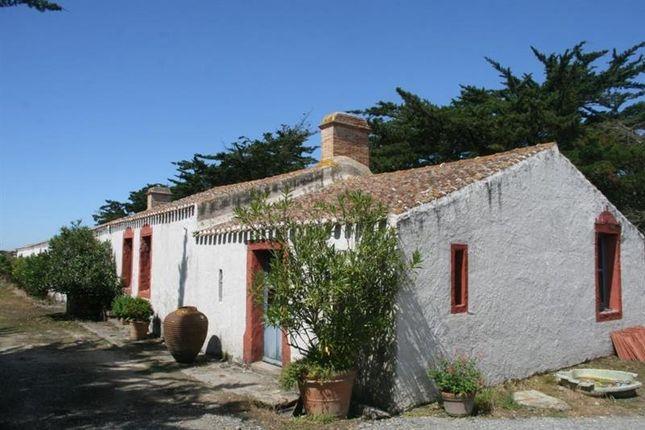 Thumbnail Property for sale in Challans, Pays-De-La-Loire, 85300, France