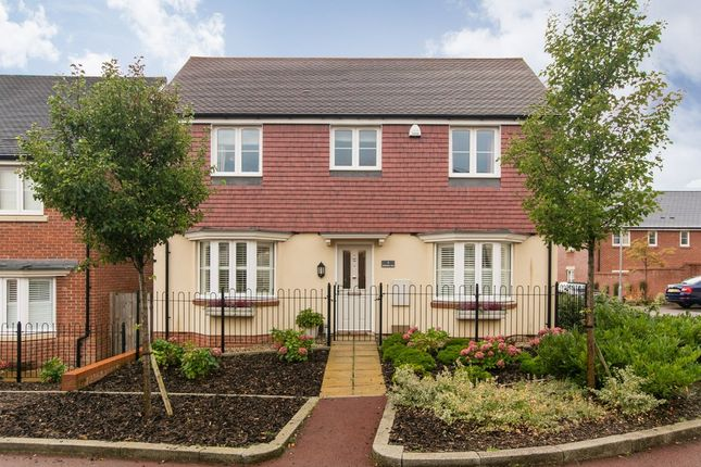 4 bed detached house for sale in Spoonbill Rise, Bracknell