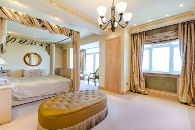 Thumbnail Flat for sale in Princes Gate, Knightsbridge