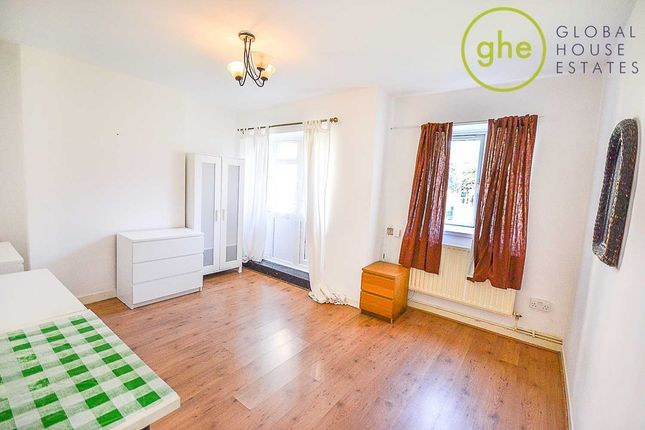 Thumbnail Flat to rent in Lambeth Walk, London
