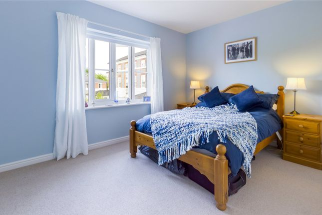 Bedroom of Wayland Close, Bradfield, Reading, Berkshire RG7