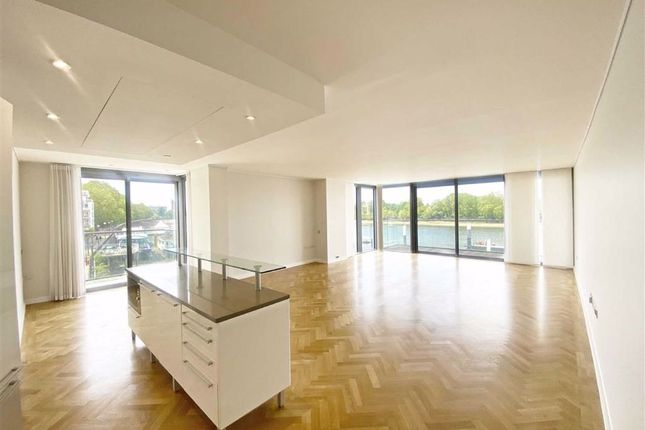 Thumbnail Flat to rent in Eastfields Avenue, Riverside Quarter, Wandsworth