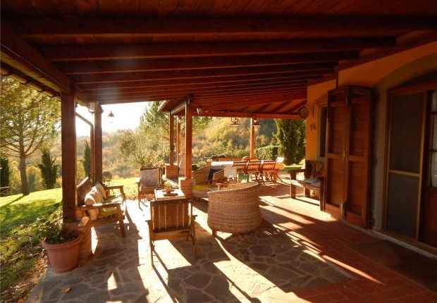 6 bed country house for sale in Il Casale Degli Scoiattoli, Palaia, Tuscany, Italy