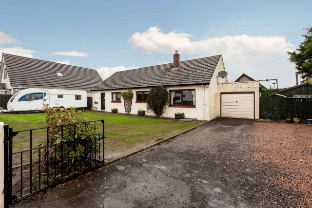 Thumbnail Bungalow for sale in West Hemming Street, Letham, By Forfar