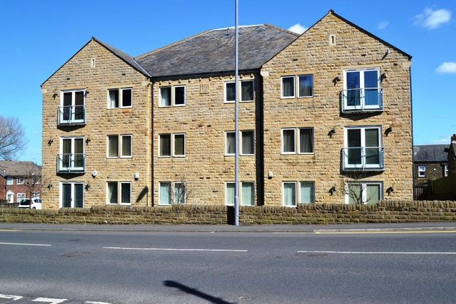 Triplex for sale in Sandmoor Garth, Idle, Bradford