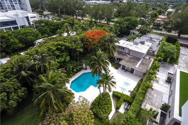 Thumbnail Property for sale in 4385 Pine Tree Dr, Miami Beach, Fl, 33140